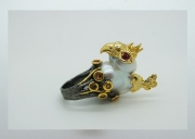 Baroque pearls eyas ring . Hi-Bespoke